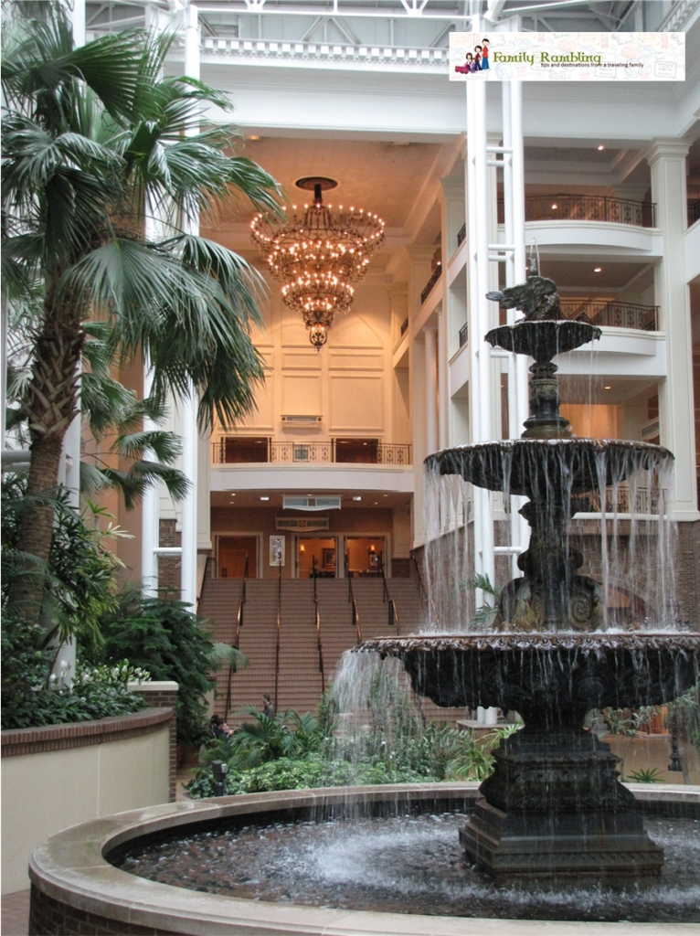 Entering the Convention Center from the Delta Gaylord Opryland Hotel