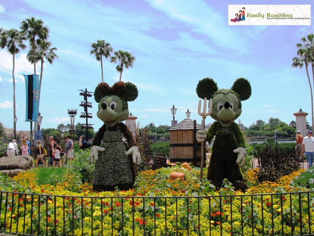 American Gothic Mickey and Minnie topiary at Epcot Intl. Flower and Garden Show