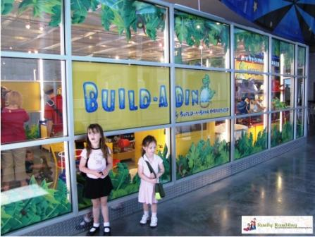 Build a Dino store at Union Station, Kansas City