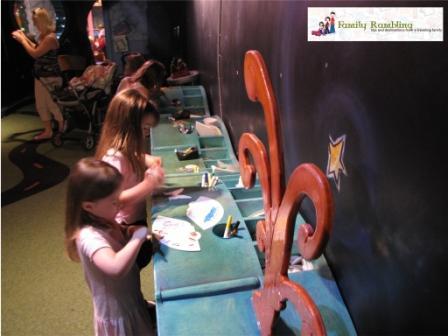 Wavy Creation Table at Hallmark Kaleidoscope, Kansas City