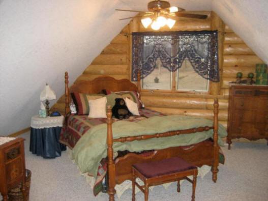 Papa and Mama Bear's Room, Two Bears Lodge, Madrid, Iowa