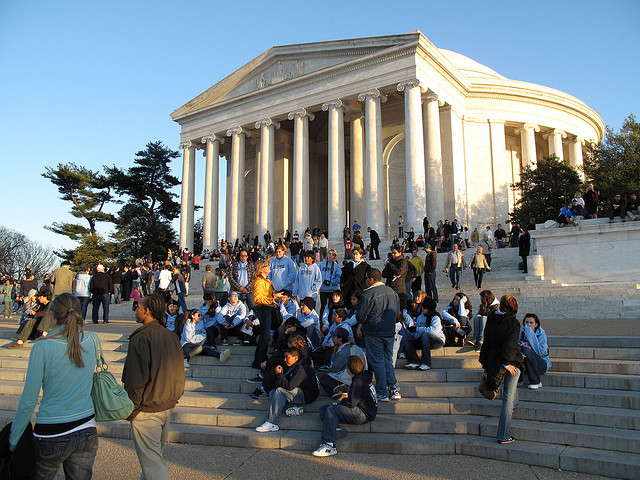 crowds at the Jefferson Memorial, Washington DC