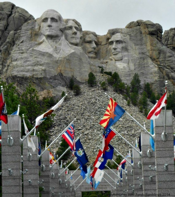 Mount Rushmore above Avenue of Flags