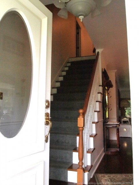 Entering the Cottage through the front door; Indianapolis Vacation home