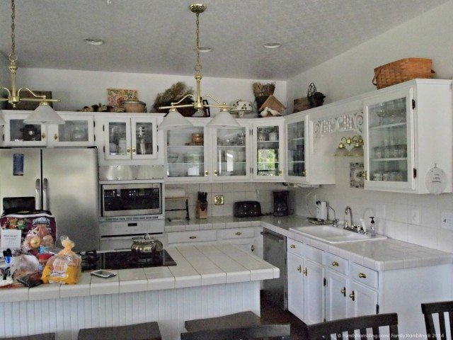 kitchen, Cottage at Natural Valley Ranch, Indianapolis Vacation Home