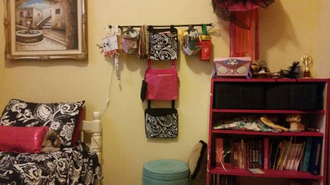 Bedroom organization! Thirty-one products for home organizing. #Thirtyoneuses