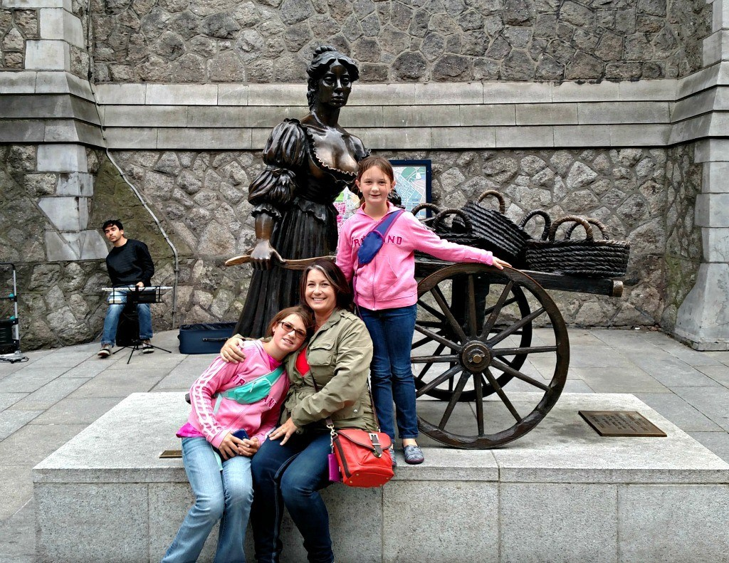 When in Dublin... with Molly Malone. A guide to enjoying Dublin with Kids. Ireland travel tips.