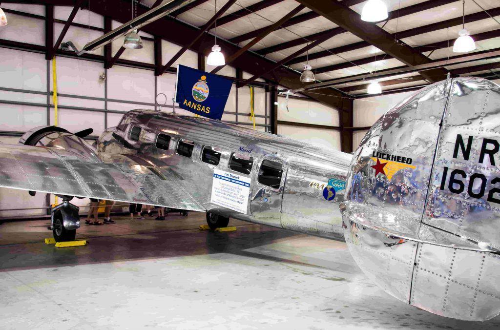 Muriel - Lockheed Electra L-10E