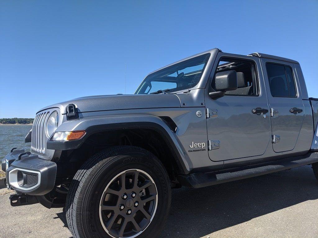 2020 Jeep Gladiator Overland edition