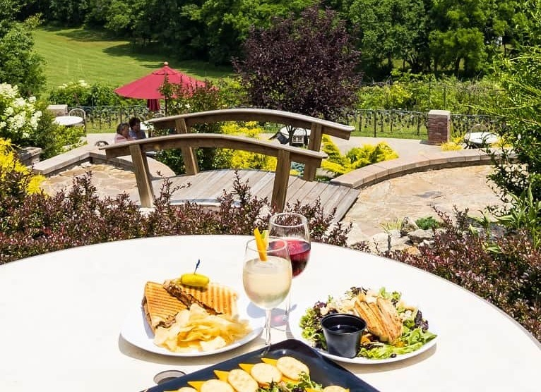 outdoor dining_ Seven Springs Winery, Lake of the Ozarks, Missouri
