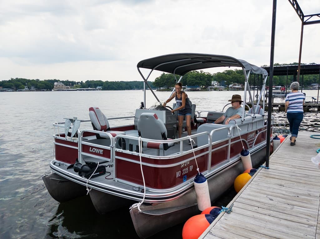 pontoon boat _ Lake of the Ozarks, Missouri