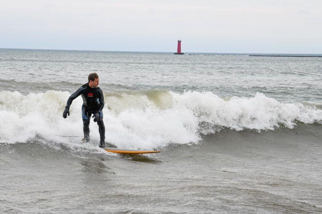 Sheboygan_Wisconsin_surfing_Lake_Michigan