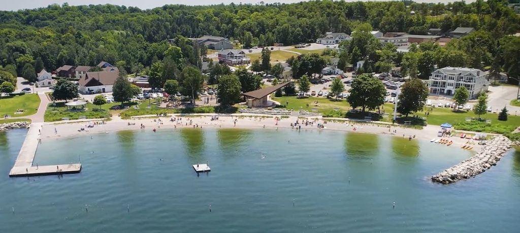 Sister_Bay_Beach_Door_County_Wisconsin_aerial_image