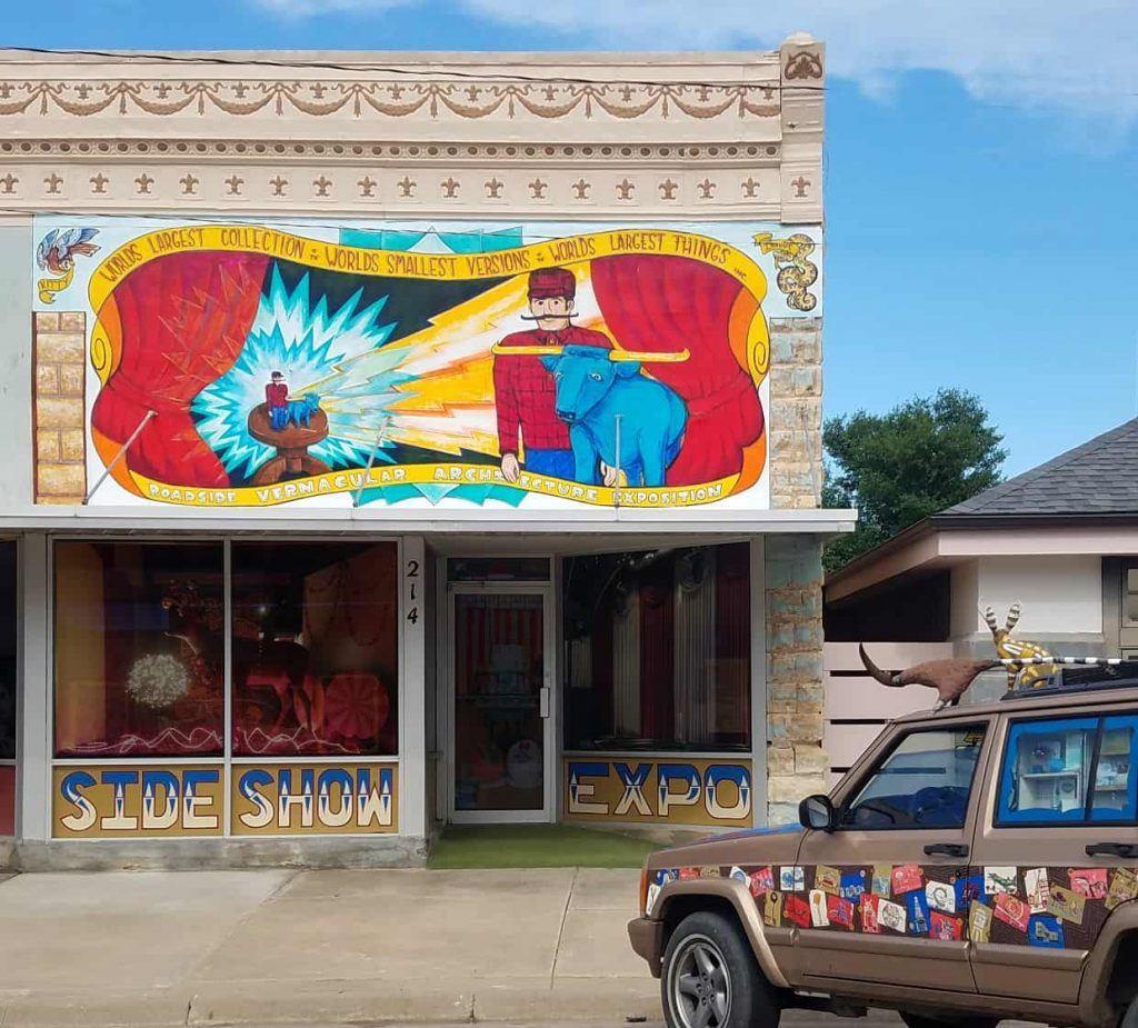 Roadside_Sideshow_Expo_Lucas_Kansas