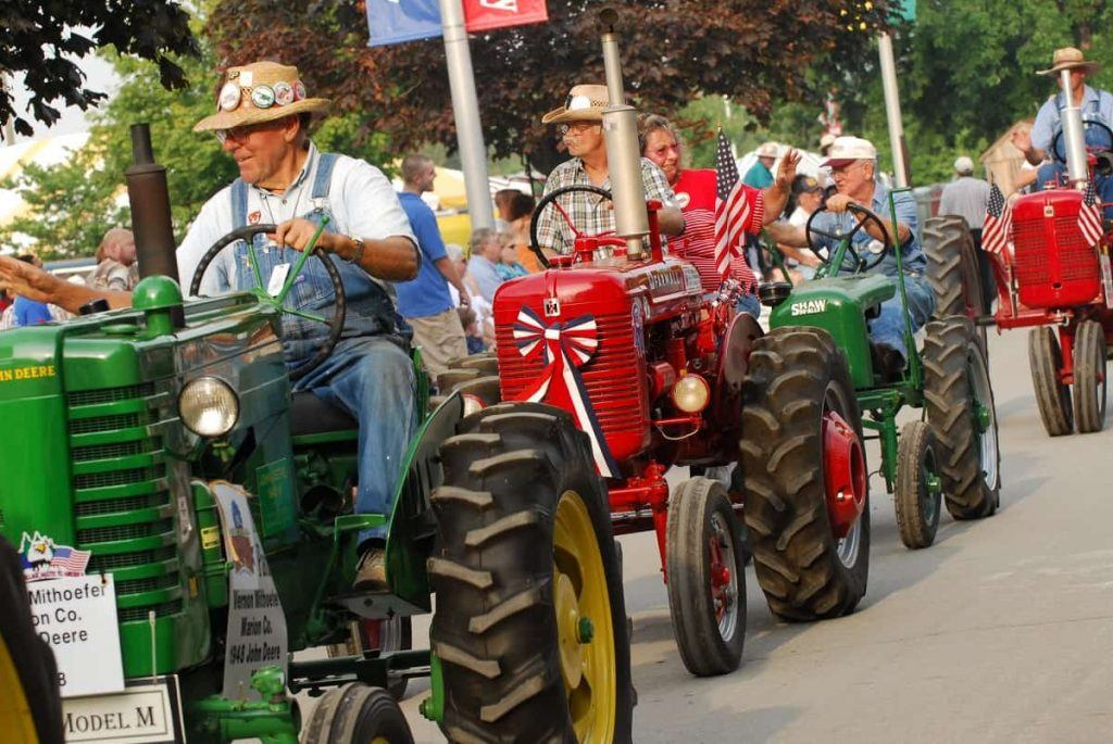 antique_tractor_parade_Indiana_State_Fair