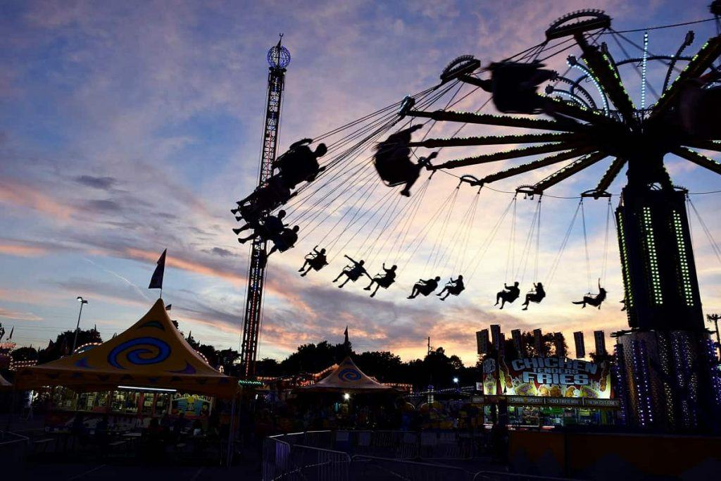midway_swings_at_sunset_Indiana_State_Fair