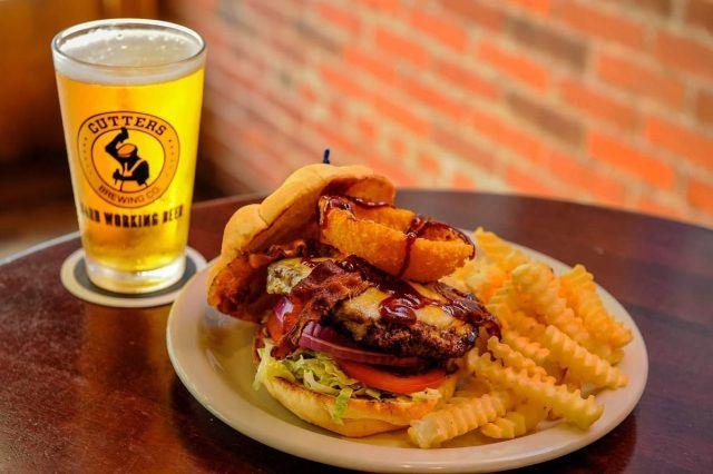 33_Brick_Street_Burger_Indiana Foodways_Allaince