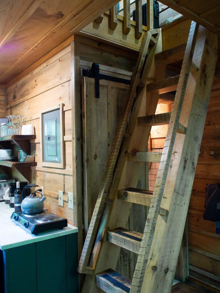 loft_stairs_treehouse_the_Mohicans_Ohio