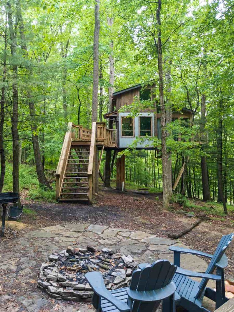firepit_the_view_treehouse_the_Mohicans_Ohio