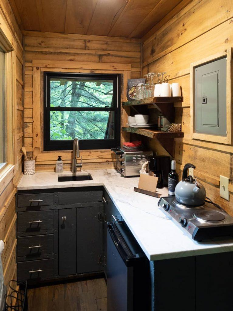 galley_kitchen_treehouse_the_mohicans_tiny_house