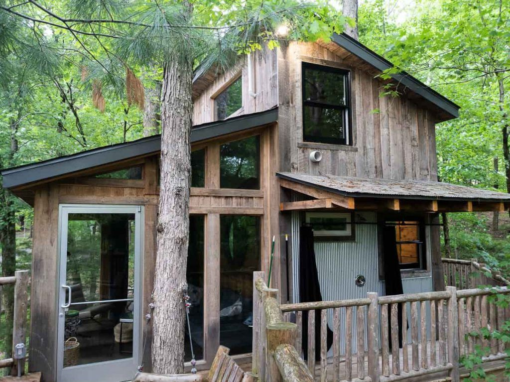 the_view_treehouse_the_Mohicans_Ohio