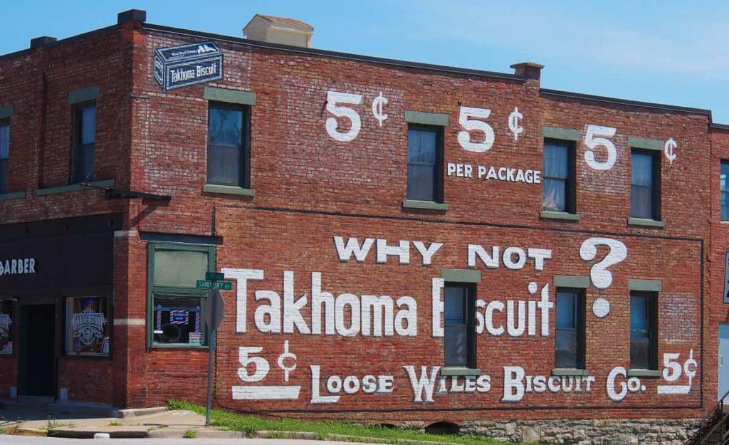 Takhoma_Biscuit_Mural_Strawberry_Hill_Kansas_City_Kansas