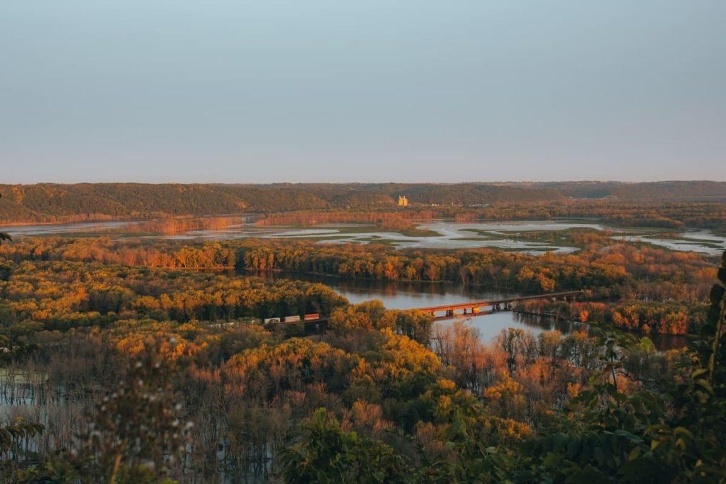 Wyalusing_State_Park_Scenic_Overlook_Wisconsin_ _credit Sam Li