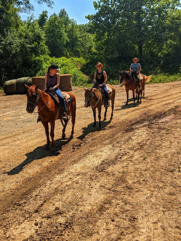 horseback_ridigin_watkins_c_ranch_kansas_city_Kansas