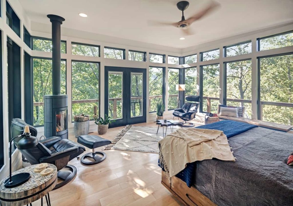Anaway_Place_Wisconsin_woodland_house_interior_photo_cred_peter_godshall